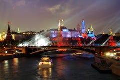 fyrverkeri kremlin moscow nära Royaltyfri Fotografi