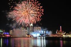 Fyrverkeri under nationell dag ståtar repetitionen (NDP) 2013 Royaltyfria Bilder