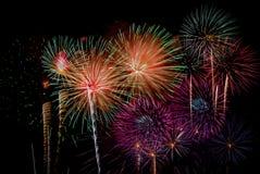 Fyrverkeriberöm på natten på utrymme för nytt år och kopierings- abs Royaltyfria Bilder