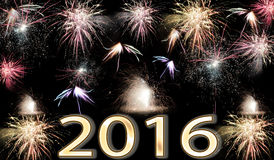 Fyrverkerier för lyckligt nytt år 2016 Fotografering för Bildbyråer