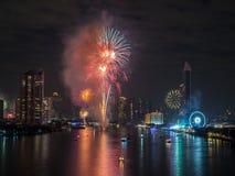 Fyrverkerier för nytt år i Bangkok, Thailand Arkivfoto
