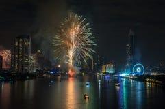 Fyrverkerier för nytt år i Bangkok, Thailand Arkivbild