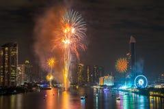 Fyrverkerier för nytt år i Bangkok, Thailand Royaltyfri Foto