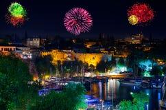 Fyrverkerier i Antalya Turkiet Royaltyfri Bild