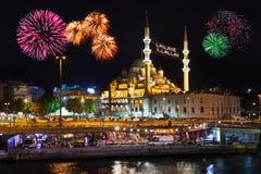 Fyrverkerier i Istanbul Turkiet Fotografering för Bildbyråer