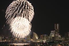 Fyrverkerier i Yokohama portfestival på Japan Arkivbild