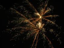 Fyrverkerier med avfyrade stjärnor Royaltyfri Bild