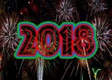 Fyrverkerier 2018 nya år helgdagsaftonbegrepp arkivfoton
