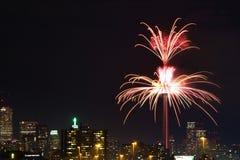 Fyrverkerier på CN-tornet i Toronto Royaltyfria Foton