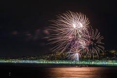 Fyrverkerier på dagberömmar Juli 14 i Nice Arkivbilder