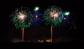 Fyrverkerier på den Carcassonne festivalen av 14 juli 2012 Arkivfoton