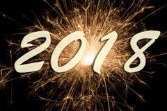 Fyrverkerier på silvester och nya år helgdagsafton 2018 fotografering för bildbyråer