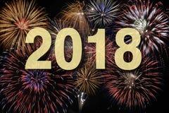 Fyrverkerier på silvester och nya år helgdagsafton 2018 arkivfoto