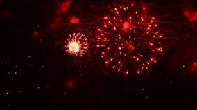Fyrverkerishow Festival och beröm Använda spektakulär pyroteknik för en helgdagsafton för nytt år lager videofilmer