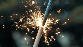 Fyrverkeritomteblossbränning i makroskott lager videofilmer
