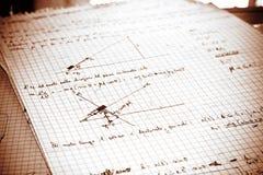 Fysieke oefening die op een Witboek wordt geschreven Stock Foto's