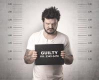 Gángster cogido en cárcel imagenes de archivo