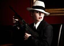 Gángster de sexo femenino foto de archivo libre de regalías