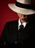 Gángster de sexo femenino Fotos de archivo libres de regalías