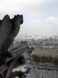 Gárgula que negligencia Paris 2 Fotografia de Stock