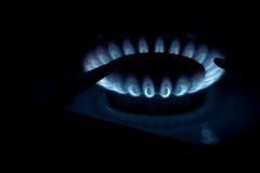 Gás ardente no fogão de gás da cozinha Imagem de Stock