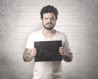 Gângster travado na cadeia fotografia de stock royalty free