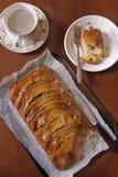 Gâteau à l'envers de banane de caramel Photos libres de droits