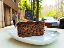 Gâteau à la carotte au printemps image stock