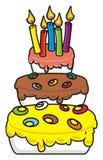Gâteau à trois niveaux avec des bougies Photos libres de droits