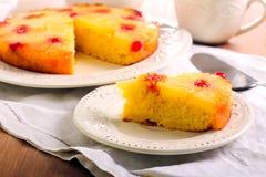 Gâteau à l'envers d'ananas Photos libres de droits