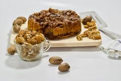 Gâteau au café de noix de pécan Photographie stock libre de droits