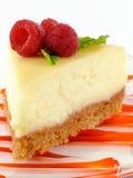 Gâteau au fromage avec des framboises Photo libre de droits