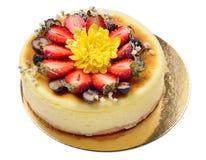 Gâteau au fromage décoré des fraises, fraises Images stock
