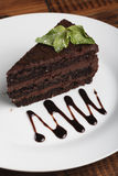 Gâteau au fromage de chocolat avec la menthe Photo stock