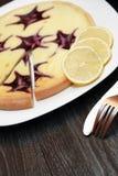 Gâteau au fromage de myrtille Photographie stock