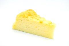 Gâteau au fromage sur le fond blanc Images stock