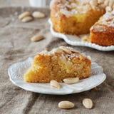Gâteau avec des amandes image stock