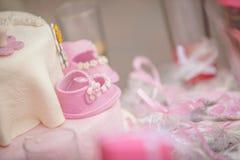 Gâteau avec des décorations Photographie stock