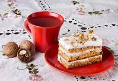 Gâteau avec des noix Photo stock
