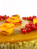 Gâteau avec des pêches Photos stock