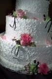 Gâteau avec des roses Photo stock