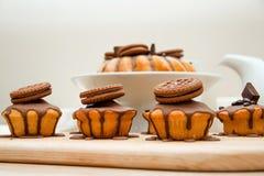 Gâteau avec du chocolat Image libre de droits