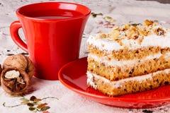 Gâteau avec la noix Images libres de droits