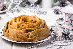 Gâteau avec le potiron, la courgette et le matcha Photos libres de droits