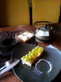 Gâteau avec les baies fraîches photographie stock