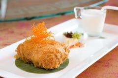 Gâteau battu cuit à la friteuse de crème de durian Photographie stock