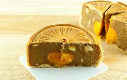 Gâteau chinois de lune et thé chinois Photographie stock libre de droits