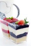 Gâteau coloré de cuvette Photographie stock