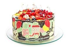 Gâteau coloré pour la partie d'enfants Photographie stock libre de droits