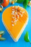 Gâteau crémeux avec la noix de coco photographie stock